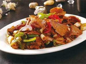 川菜化身回锅肉 一道必吃的美味佳肴