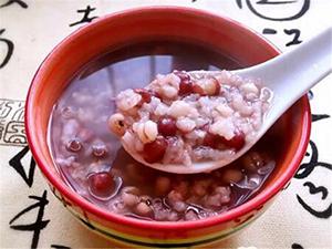 红豆薏米快速减肥法 瘦身美颜两不误关键是还很健康