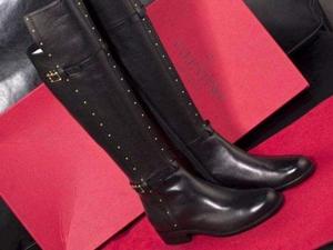 长筒靴搭配什么衣服显腿长 看图学搭配简直不要太容易