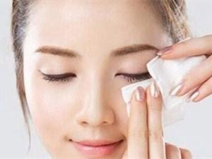 化妆棉怎么用 正确使用方法及详细步骤一览